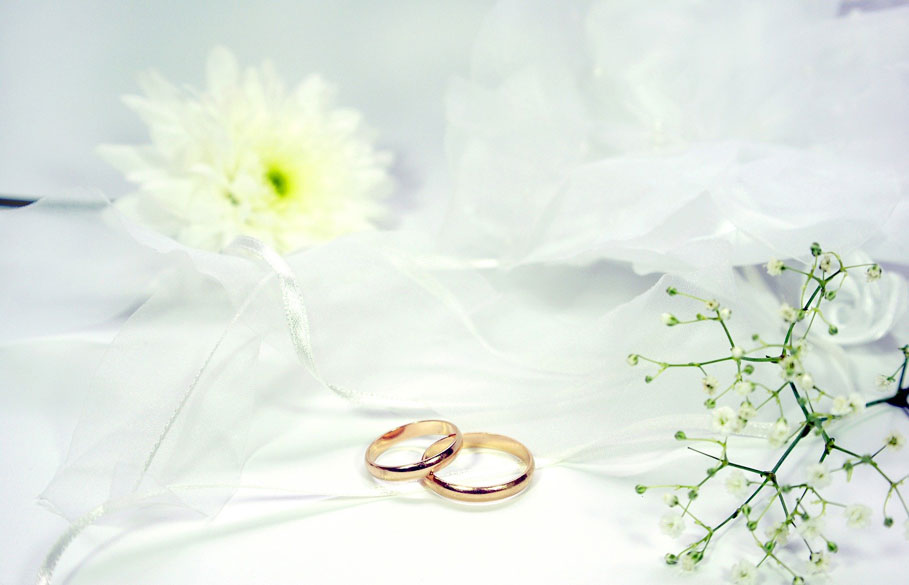 rings and flower